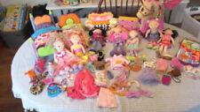 Ropa y accesorios para muñecas