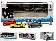 Greenlight 56090 Dioramas New York City 4 Car Set 1:64 Scale NYPD Taxi Display