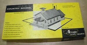 ALEXANDER SCALE HO SCALE 1/87 COUNTRY SCHOOL HOUSE, Kit# RS-750