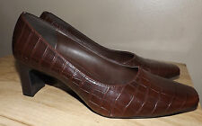 DIANE LAWRENCE BROWN WOMENS PUMP DRESSY CASUAL SHOES SIZE 8.5M EXCELLENT COND