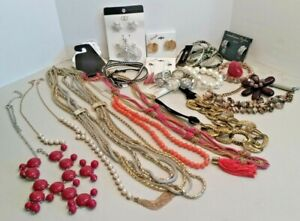 Large Lot Fashion Jewelry Collection,18 pc - Great for gifts or resale- B-A327