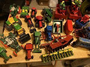 Lot of 35 Ertl 1/64 Farm Tractors Combine John Deere Case International Trailer