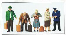 at the Platform Doors Preiser 65369 Figurines Scale 1:45 O Gauge OB