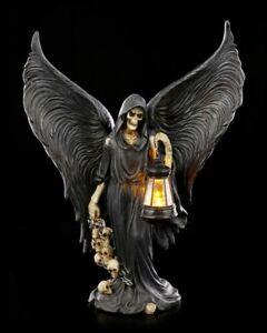 Reaper Figur mit LED Laterne - Gothic Sensenmann Totenköpfe Dekostatue