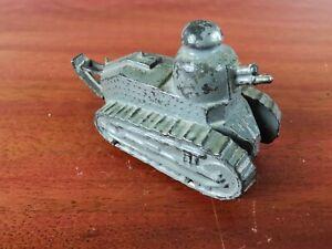 PENNY TOYS PLOMB CREUX Autajon Roustan Char Renault FT 17/18 Tank WWI  TBE