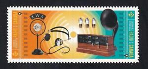 Canada 2020 History of Radio, MNH die cut se-tenant pair from Quarterly Pack