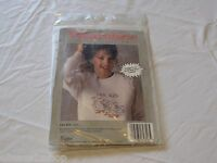 Wearables To Cross stitch Les Gis 60316 Golden Bee kit RARE NOS new old stock