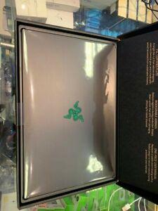 Razer Blade 15 i7 10750H RTX 2070 16GB 512GB SSD 144Hz Monster Gaming Laptop