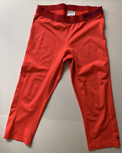 NIKE PRO LEGGINGS Red Capri Cropped Size Large Poly/spandex