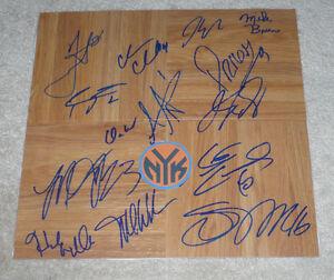 2013 NY NEW YORK KNICKS TEAM HAND SIGNED NBA BASKETBALL FLOORBOARD COA PROOF X14
