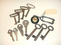 DDR Konvolut Schlüssel Schränke (Hellerau, Themar, u.A.) Briefkasten Türen