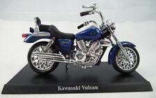 Kawasaki Vulcan en escala 1:18 moto modelo con placa Stand