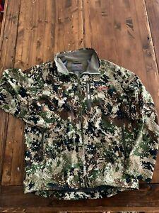 EUC Sitka Gear Mountain Jacket, Men's L, Optifade Subalpine Pattern, WINDSTOPPER