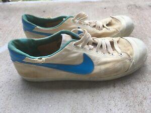 Vintage NIKE tennis shoes canvas rubber sneakers 10.5 blue swoosh 70s / 80s