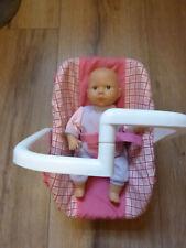 kl. Puppe mit Tragesitz