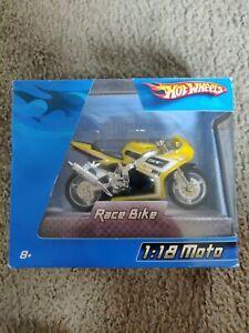 Hot Wheels Yellow 1:18 Race Bike Motorcycle 2005