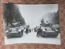 août 1944 - Libération Paris Champs Elysees- Photo Lapi  originale - WW2 - WWII
