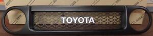GENUINE TOYOTA FJ CRUISER FRONT GRILLE OFF ROAD 53100-35B00 2007 - 2014