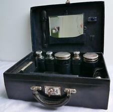 Valise / mallette nécessaire de toilette—Cuir noir—Fermoir à clé—Début XXe
