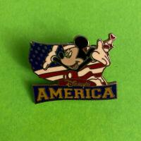 DISNEY DISNEY'S AMERICA MICKEY MOUSE PIN Flag Virginia Theme Park, Pre-owned
