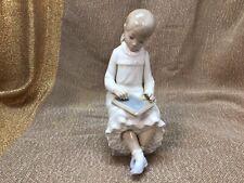 Lladro Figurine #117 Girl with Chalkboard Matte finish