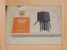 Bachmann  Water Tower NEW OLD STOCK  WATER TANK 45153