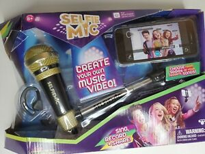 Selfie Mic Music Set Karaoke Microphone Stick Black/Gold
