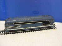TRAIN ECHELLE HO JOUEF LOCOMOTIVE TYPE BB 67001  au 1/87 ème