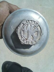 willys KNIGHT 1930 - 1910 hubcap