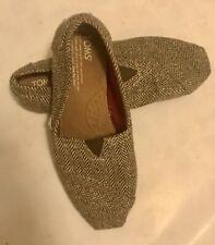 Ladies Toms Gold Glitter Comfort Flats Size 6
