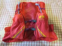 New Womens Nathan VaporMag 2.5L Race Vest Hydration Pack Sz Med Hibiscus