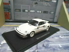 PORSCHE 911 930 Turbo Coupe BB B&B Buchmann creme weiss NEO Resin 1:43
