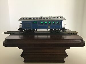 B & O Old Time Coach (1860-80 Era) w/ Rounded-End Clerestory Roof Royal Blue HO