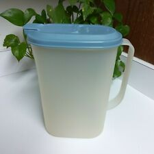 Tupperware Pitcher 2 Quart / 8 Cup Refrigerator Slim Line Vintage True Blue 2009