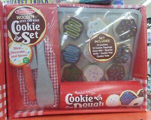 Melissa & Doug - Slice & Bake Wooden Cookie Play Food Set