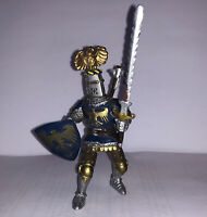 Rare 2005 ELC Plastic Castle Knight with Shield Armour Sword & Axe Action Figure