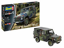 """REVELL 03277 1:35 SCALE LKW GL LEICHT """"WOLF"""" JEEP BRAND NEW"""