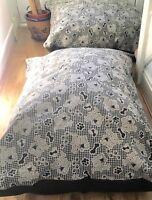xxl  durable DOG BEDS WARM DUVET cushion deep filling 55x39ch  non slip base