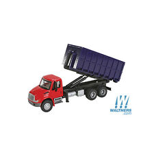 11630 Walthers SceneMaster International  4300 Dual-Axle Dumpster Carrier Truck
