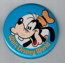 """Vintage 3"""" Walt Disney World & Goofey Pinback Button"""