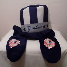 New York Yankees MLB Theme Top Hat W /Mittens Forever Collectibles one size NWT
