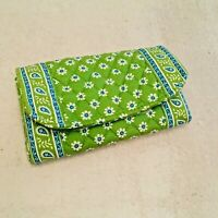 Vera Bradley Apple green trifold wallet Daisey Floral Quilted Paisley Floral