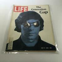 Life Magazine: May 17 1968 - Cover: The Generation Gap