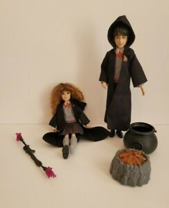 Harry Potter Wizarding World HERMIONE and HARRY Action Figure Doll w/fire pot