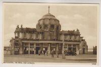 Hampshire postcard - Southampton, The Royal Pier Entrance (A862)