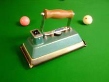 DOWSING SNOOKER, BILLIARD, POOL TABLE IRON DB2TI (Second Hand) Chesworth Cues