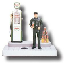 Very  RARE Sinclair 1930's Style Gas  Pump Replica with Gas Attendant