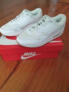 Nike Air Max 1 White AH8145 109 Size US10 UK9 CM28 EUR44