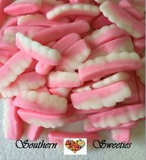 1KG FALSE TEETH LAUGHS PINK & WHITE LOLLIES HALLOWEEN CANDY BUFFET 150ct approx
