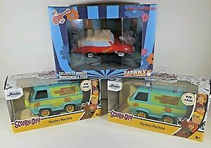 Lot of 3  Jada Scooby Doo Mystery Machine 1/32 Scale and Titan Monkeemobile